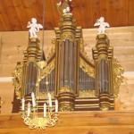 prospekt organowy w kościele parafialnymw Lutkówce